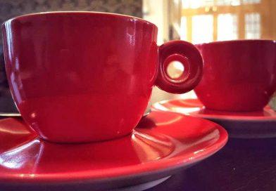 Cum bei o cafea buna la o cafenea de specialitate?