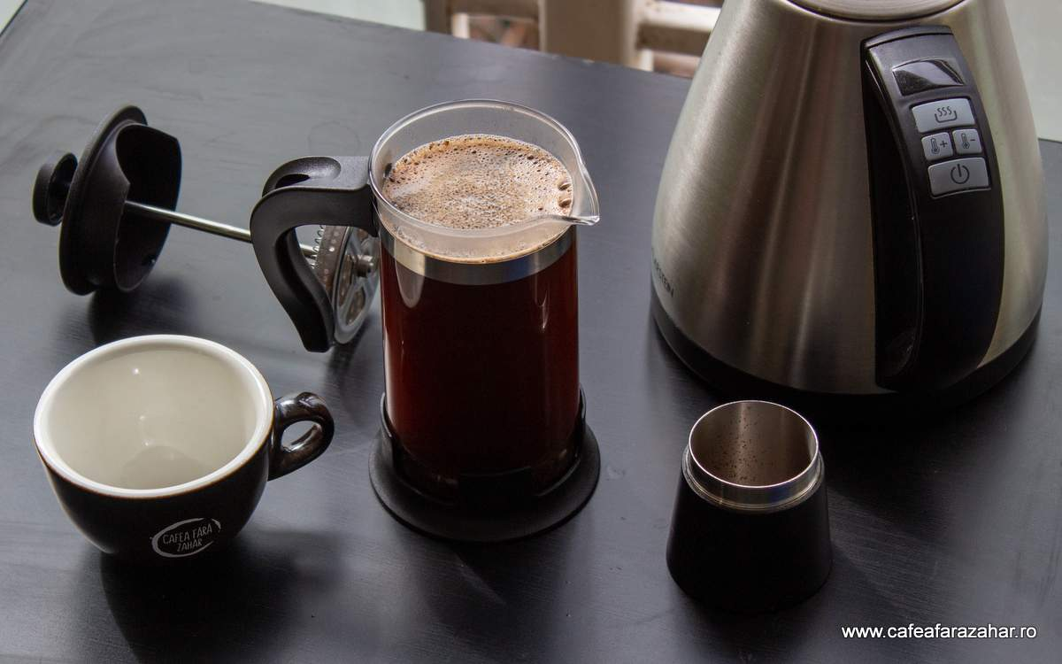 french press cafea fara zahar James Hoffmann (3)-min