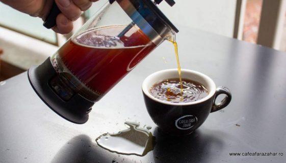 french press cafea fara zahar James Hoffmann (4)-min