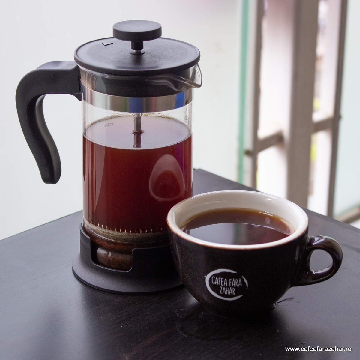 french press cafea fara zahar James Hoffmann (5)-min
